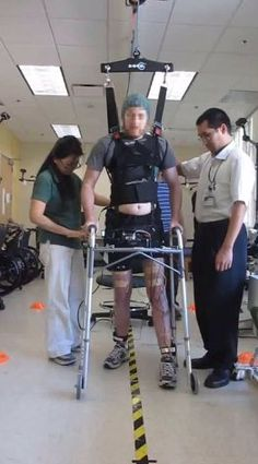 Researchers combined two technologies to allow a paralyzed man to send commands to his legs.