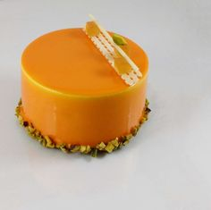 Entremets Pêche Melba - https://mapatisserie.fr/recette/dessert/entremets-peche-melba/