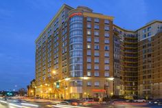Hampton Inn Washington DC - Convention Center Washington, D.C. (District Of Columbia) Only steps from Washington, D.C.'s most famous sites as well as the Washington Convention Center, this hotel places guests in the heart of the city and features modern amenities.  The Hampton Inn Washington, D.C.