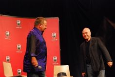 """William Shatner and Patrick Stewart at Toon Boom sponsored """"Reunion of the Generations"""" Star Trek Generations, Star Trek Captains, Patrick Stewart, William Shatner, Montreal, Geek, Comic Con, Geeks"""
