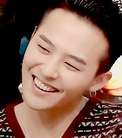 G Dragon...... OMG... He's perfect!!