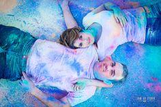 Holi Powder. Photoshoot pre-boda. Fotografía de boda. Jake Go Studio. Pego. Alicante. Creative Photography, Couple Photography, Powder Paint Photography, Holi Pictures, Wedding Ideias, Holi Powder, Creative Photoshoot Ideas, Gender Reveal Photos, Festival Celebration