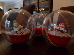 Chrismas cupcake balls