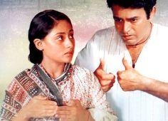 Sanjeev Kumar and Jaya Bhaduri - Both Born-actors! Indian Bollywood, Bollywood Stars, Sanjeev Kumar, Best Director, Indian Movies, My Favorite Music, Evergreen, Movie Stars, Acting