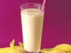 Băutură răcoroasă cu banane Irish Cream, Nutribullet, Milkshake, Lemonade, Glass Of Milk, Bartender, Natural, Smoothies, Drinking