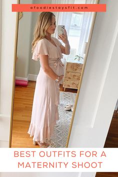 My best maternity styling tips on how to dress your baby bump during your maternity photo session that feel comfortable and are affordable. Maternity outfit photo session inspiration by lifestyle blogger, Teri Hutcheon. | photo session ideas, cute casual pregnancy outfits, creative maternity pregnancy shoot ideas and photography, #maternityoutfits #momtobe #pregnancyphotos #maternitystyle Casual Maternity Outfits, Pregnancy Outfits, Pregnancy Photos, Maternity Fashion, Night Outfits, Cool Outfits, Stylish Jackets, Love Her Style, Casual Sweaters