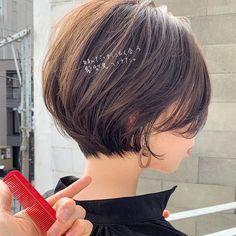 Girls Short Haircuts, Short Bob Hairstyles, Summer Hairstyles, Men Hairstyles, Japanese Short Hair, Asian Short Hair, Short Hair Syles, Short Hair Cuts, Brown Wavy Hair