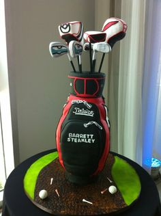 Your golf bag grooms cake design. This one was creative yet tasteful.