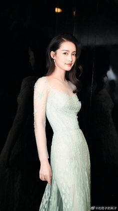 Zhao Li Ying, Chinese Actress, Formal Dresses, Wedding Dresses, Beauty Women, One Shoulder Wedding Dress, Asian, Actresses, Lady