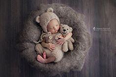 Prof_foto_megan_hancock_mohair_romper_dungaree_teddy_bear_bonnet_2_small2