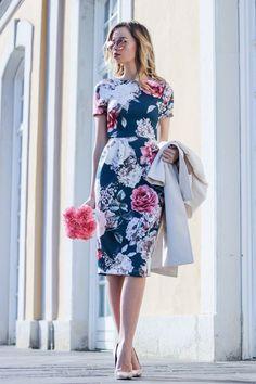 Floral dress for spring dresses vestidos, vestidos formales, Trendy Dresses, Elegant Dresses, Cute Dresses, Casual Dresses, Mode Outfits, Dress Outfits, Fashion Dresses, Pencil Dress Outfit, Pencil Dresses