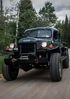 Acquire terrific pointers on work trucks. They are available for you on our website. Classic Pickup Trucks, Old Pickup Trucks, 4x4 Trucks, Custom Trucks, Lifted Trucks, Lifted Chevy, Pickup Camper, Dodge Pickup, Dodge Power Wagon