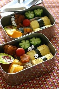 Tamago Egg Crepe Rolled Sushi , Japanese Bento Lunch  © ぽかぽかびよりさんの弁当 // (adorable bento boxes - perfect size box)