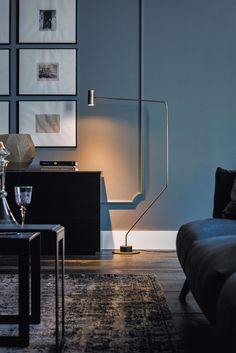 Thor Cattelan Italia  Design: Oriano Favretto  THOR ist eine Bogenlampe mit einem essentiellen Design: nur eine Größe, nur eine Ausführung, nur ein Geschmack: modern.  Dank einer spontane Idee und eines kreativen Einfall, hat der Designer Oriano Favretto diesen Entwurf erstellt; von Cattelan entwickelt und produziert, THOR ist ein sehr geschätztes Einrichtungszubehör aus der Kollektion.  http://www.storeswiss.com/de/prod/zubehor/beleuchtung/thor-cattelan-italia.html