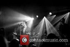 Nathan em Londres, na Inglaterra. (15 abr.) (via @Contactmusic)