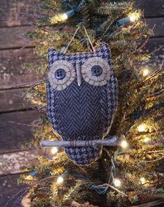 Primitive Owl Ornie