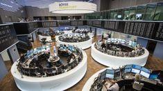 Deutsche Börse: Dax endet knapp im Minus trotz Brexit-Einigung Kitchen Appliances, Affiliate Marketing, London, News, Blog, Stock Market, Money Plant, Economics, Dots