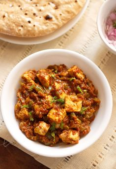 tawa paneer masala recipe, easy and quick paneer tava masala recipe Easy Paneer Recipes, Paneer Curry Recipes, Paneer Masala Recipe, Chili Paneer Recipe, Easy Recipes, Dinner Recipes, Paneer Dishes, Veg Dishes, Cooking Dishes