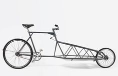 THE PERFECT BICYCLE TO TRANSPORT YOUR GOODS This is the bicycle for getting your cargo around town. It is light, sporty and comfortable. In the list below you can see how the basic Cargobike is set up. Eliancycles can tailor-make your bike with any additional component.
