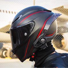 Rate this helmet .Via Bewerte diesen Helm ! Sport Bike Helmets, Agv Helmets, Motorcycle Helmet Design, Motorcycle Equipment, Full Face Motorcycle Helmets, Racing Helmets, Motorcycle Bike, Women Motorcycle, Cb 1000