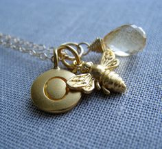 bee necklace...my favorite bee mommy may want to see this.
