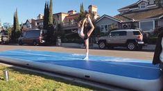 Flips Gymnastics, Gymnastics Moves, Gymnastics Tricks, Tumbling Gymnastics, Amazing Gymnastics, Acrobatic Gymnastics, Sport Gymnastics, Ballerina Workout, Dancer Workout