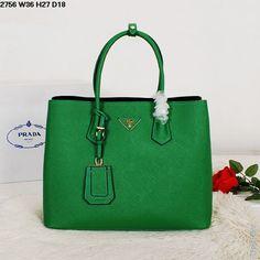 Стильная сумка зеленого цвета и черного цвета внутри из натуральной кожи Prada