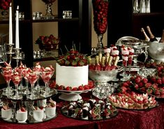 Buffet and Banquet Displays - Yahoo Image Search Results Buffet Set Up, Party Buffet, Dessert Buffet, Dessert Bars, Fruit Buffet, Buffet Tables, Buffet Ideas, Catering Display, Catering Food