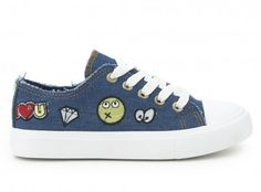 Zapatilla denim parches CREEKS Chuck Taylor Sneakers, Chuck Taylors, Shoes, Fashion, Camping, Patches, Shoes Sandals, Winter, Sports