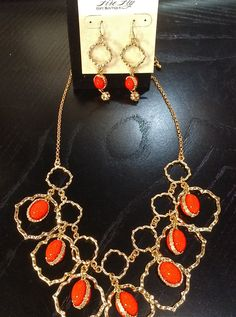 Whimsical orange and gold necklace and earrings...