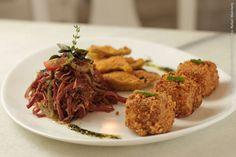 Sweet Pimenta (jantar)    Linguini a provençal com mini polpetone de peixe grelhado e fonduta de gorgonzola