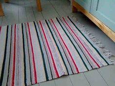 Markka-aika: Luminen lauantai Recycled Fabric, Woven Rug, Beach Mat, Recycling, Weaving, Outdoor Blanket, Rag Rugs, Rug Weaves, Knit Rug