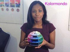 Descubre el Kolormondo o globo de color en 3D para aprender a combinar los colores. http://expertosenimagen.com/productos/prueba-4/