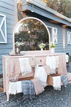 sweet spot for grabbing a shawl and cuddling! | Andi Mans #wedding