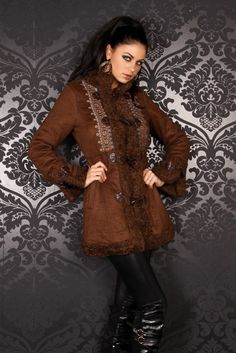 Dufflecoat leather with embroidery