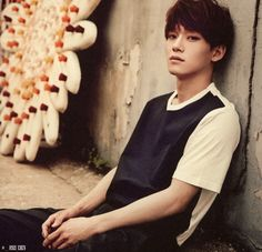 Chen looks sooo attractive wen hes serious but wen hes smiling.I jus wanna squish him.too cute TOO DAMN CUTE Exo Chen, Exo K, Kyungsoo, Chanyeol, Got7, Culture Pop, Kim Minseok, Xiu Min, Kris Wu