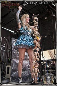 Maria Brink, Pop Rock, Rock And Roll, Ladies Of Metal, Heavy Metal Girl, Women Of Rock, Music Is My Escape, Punk Rock Fashion, Nu Metal