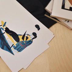 Brrrr le froid est là ! Allez on réchauffe son petit cœur et celui d'un proche en écrivant une carte Momonga ça fait du bien  Illustration : @g_o_n_o_h  #illustration #print #postcard