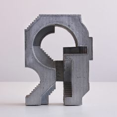 Canadian architect and sculptor David Umemoto created a collection of concrete sculptures resembling characteristics of the mid-century brutalist architecture movement. Concrete Sculpture, Modern Sculpture, Abstract Sculpture, Sculpture Art, Concept Models Architecture, Architecture Collage, Architecture Design, House Outer Design, Gift For Architect