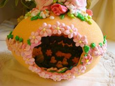 Darling bunny, chicks in a panoramic sugar egg. Inside decorated by a very old and remarkable lady. ThisLife