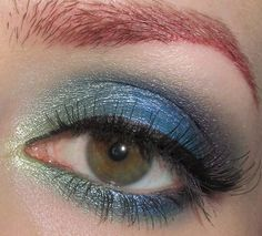 Glitter is my crack...: Green, blue and purple Eye Makeup Look