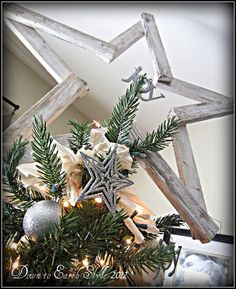 2x4 tree topper. Holly gives a tutorial on how it is made and finished. Down to Earth Style