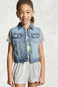 Forever 21 Girls - A denim vest with a basic collar, a buttoned front and buttoned chest flap pockets.