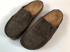 Birkenstock Brown Clogs Size 38 /245 L7M5    eBay Ladies Dress Design, Birkenstock, Clogs, Slippers, Unisex, Brown, Lady, How To Wear, Accessories