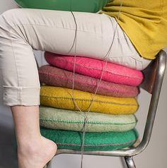 Coussin rond en feutre - Smarties 33 cm - Vert tendre | MUSKHANE