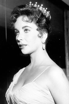 Elizabeth Taylor attends the 29th Academy Awards ceremony which was held at the RKO Pantages Theatre on March 27, 1957.