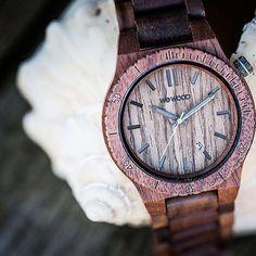 The Wewood Arrow Nut Wood Watch