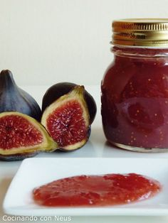 Cooking with Neus: figs jam Jam Recipes, Low Carb Recipes, Sweet Recipes, Vegan Recipes, Cooking Recipes, Recipies, Homemade Jelly, Fruit Preserves, Jam And Jelly