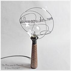 Lampe industrielle & poétique - Un Rire sous la Tonnelle © Sonia FIQUET