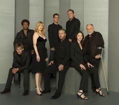 CSI Las Vegas = best show ever. the original cast -amazing. Csi Las Vegas Cast, Las Vegas Tv Series, Eric Szmanda, Les Experts, Crime, Cinema, Great Tv Shows, Portrait Poses, Friends Tv